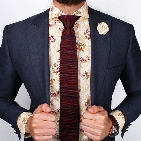 Dúvida do Leitor: Posso Usar Estampa Floral no Trabalho?