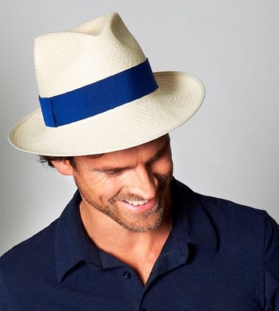 7ff0ccbdc3e71 Obs  o legítimo chapéu panamá é feito no Equador com matéria prima  específica