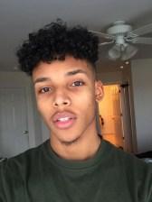 corte-cabelo-masculino-baguncado-afro-24