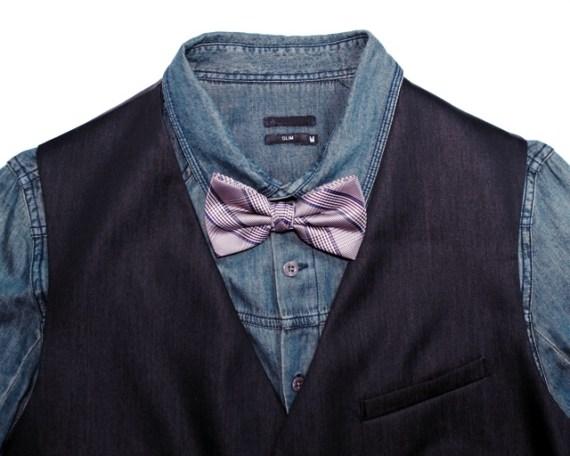 Combinação com colete, camisa jeans e gravata borboleta xadrez