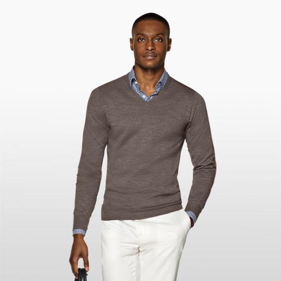 8fdb8fe215 Quais São os Tipos de Gola de Camisetas e Blusas - Canal Masculino