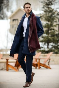 combinar-cores-marinho-burgundy-look-masculino-24
