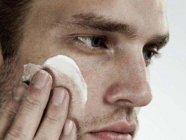 6 Produtos Para Esfoliação do Rosto Masculino