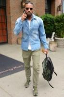 combinacoes-cores-azul-verde-looks-masculinos-gal-17