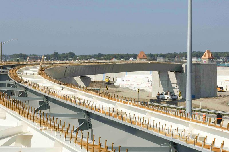 changeur des autoroutes 15 et 640  Canam  Ponts