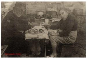 Isidra con Tata. Cortesía de Bernardo Cabo.