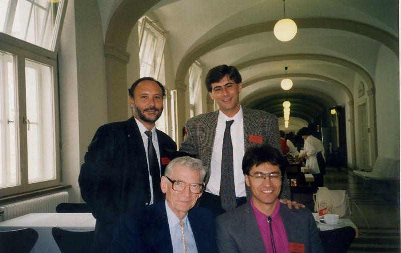 Insbruck 1993 con los Drs Aufderheide, Conrado Rodríguez y Felipe Cárdenas de Colombia