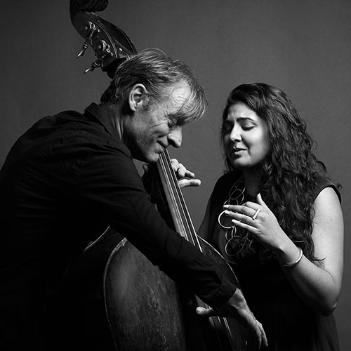 Kavitah Shah y François Moutin en Bogui Jazz