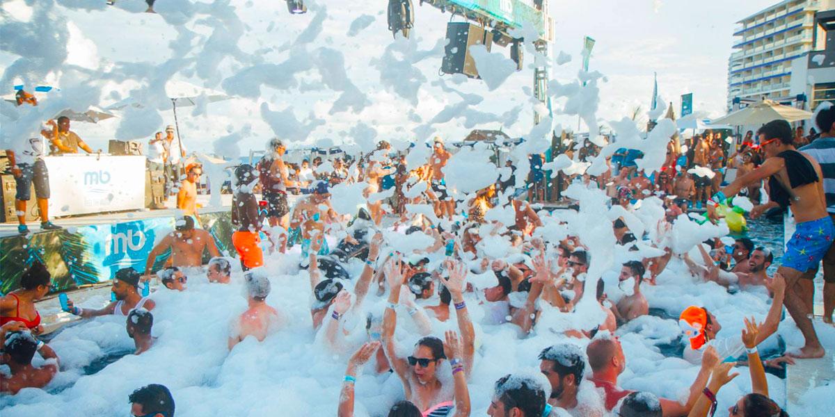 Cabana Beach Club Cancun  VIP Express Pass