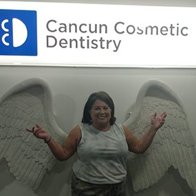Thumb Happy Patient dental tourism patient doctor german arzate cancun dental implant (2)