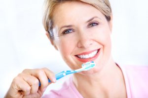 How to brush your teeth - Cancun Cosmetic Dentistry