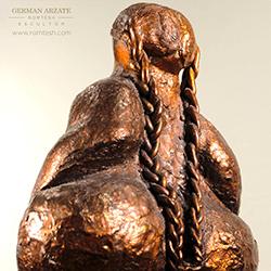 mujer_a_la_miad_sculpture