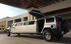 hummer limousine party Cancun