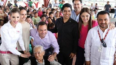 Photo of Paul Carrillo entrega 670 sillas de rueda en Cancún