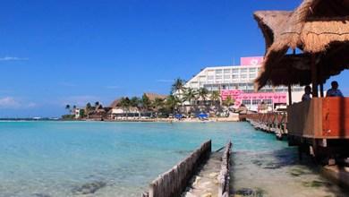 Photo of Gobierno de Isla Mujeres otorga permisos para construccion de cabañas en Playa Norte