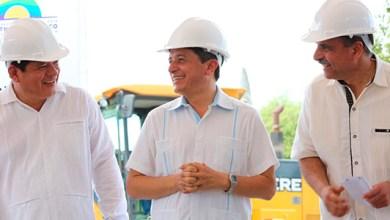 Photo of @CarlosJoaquin inicia programa de rehabilitación de calles en Bacalar y Chetumal