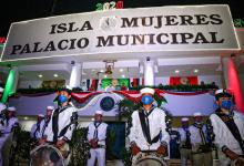 "Photo of Histórica ceremonia del ""grito"" en Isla Mujeres"