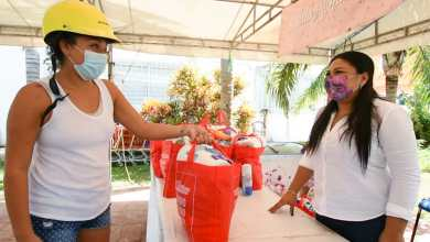 Photo of DIF entrega despensas a madres solteras en Isla Mujeres