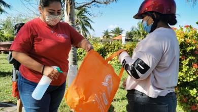 Photo of Continúa apoyo con alimentos a sectores vulnerables en Isla Mujeres