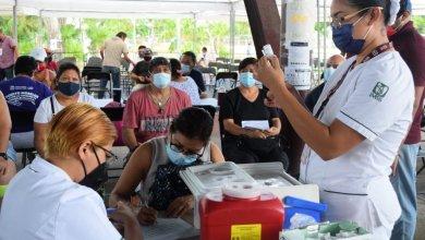 Photo of Concluye aplicación de la vacuna AstraZeneca a personas de 40 a 49 años en Cancún