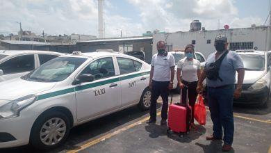 Photo of Cancún: Usuaria recupera pertenencias que olvidó en taxi