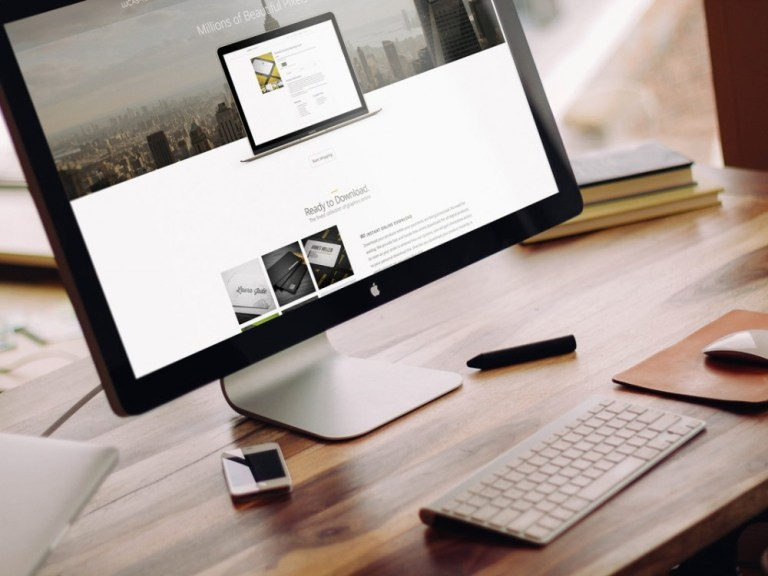 apple imac on desk mockup mockupworld