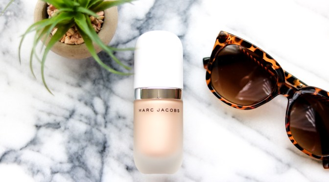 A Review: Marc Jacobs Dew Drops Coconut Gel Highlighter