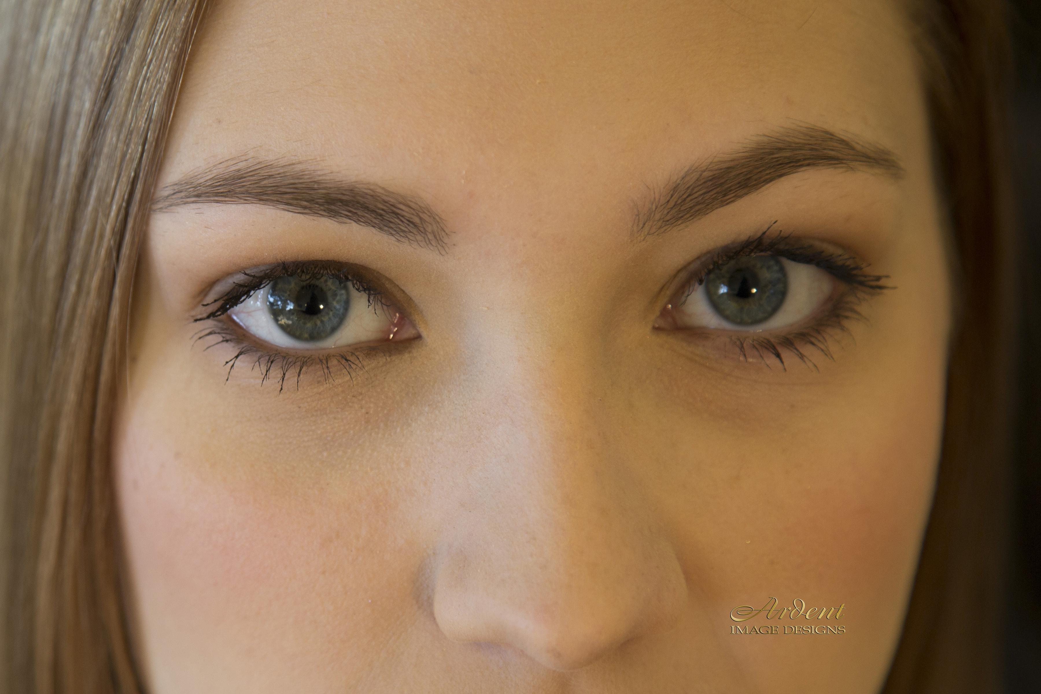 Let's talk eyebrows !