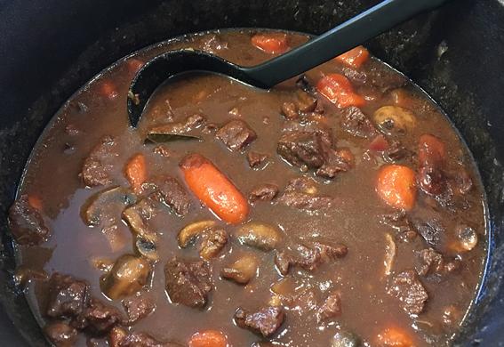 recept köttgryta med glögg