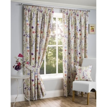 Quality Collection Of Ready Made Curtains From Closs & Hamblin