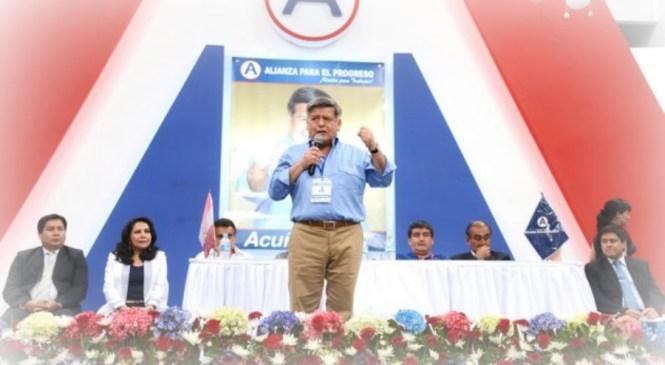Cesar Acuña asegura que todavía no ha tomado la decisión de candidatear
