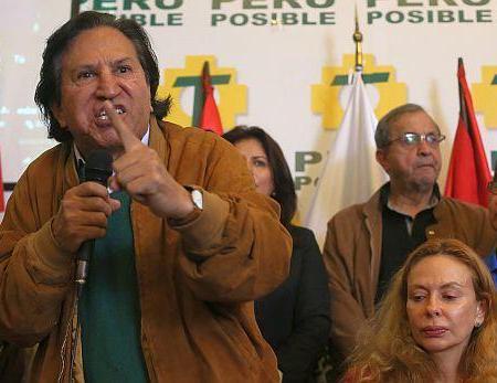 Alejandro Toledo: Las Fuerzas Armadas se encargarán de combatir la delincuencia