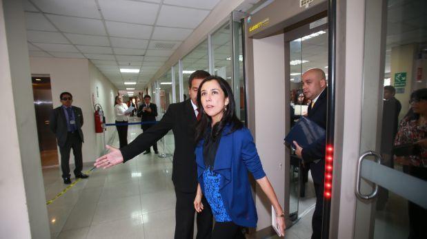 Nadine Heredia aún no confirma si retornará al país