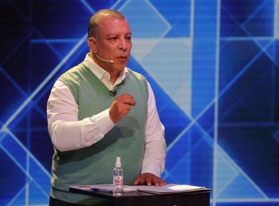 Marco Arana, candidato del Frente Amplio, dio positivo a COVID-19