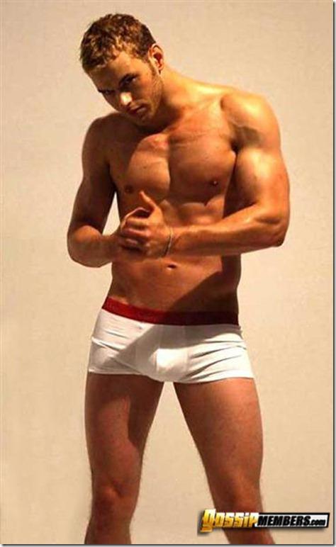 Kellan Lutz in his undies