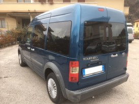 ford-tourneo-retro