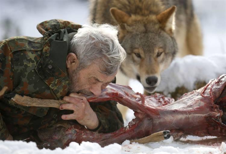 In memoria di WERNER FREUND luomo che visse da lupo fra i lupi