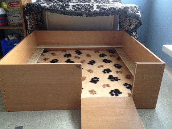Bedding Whelping Box & Whelping Box Plans Design and Ideas for Your Dog Aboutintivar.Com