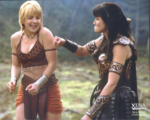 Gabrielle-Xena-xena-warrior-princess-3632683-600-482