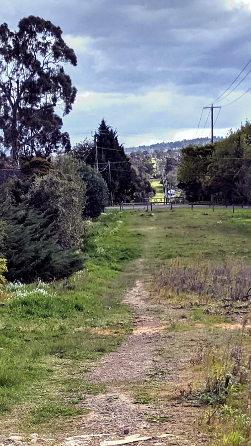 Mooroolbark Pipe Track