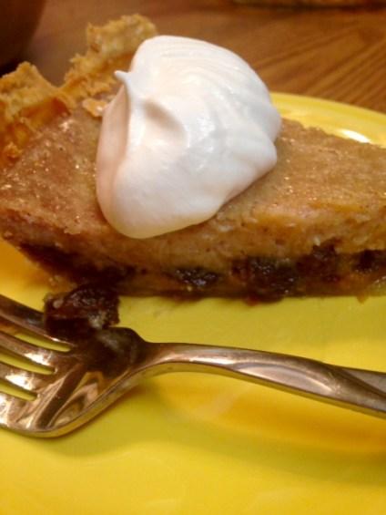 raisin cream pie slice (1)