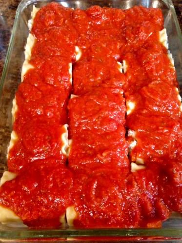 lasagna rolls with sauce