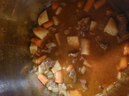beef-stew-in-pot