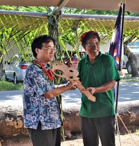 GGP Key Handover from His Excellency Ambassador Hideyuki Mitsuoka to WAM Board Member Commissioner of Public School System Kanchi Hosia. Photo: Sealend Laiden