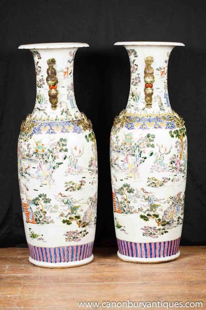 Pair Large Chinese Imari Porcelain Dragon Urns Vases Pottery Ceramics China