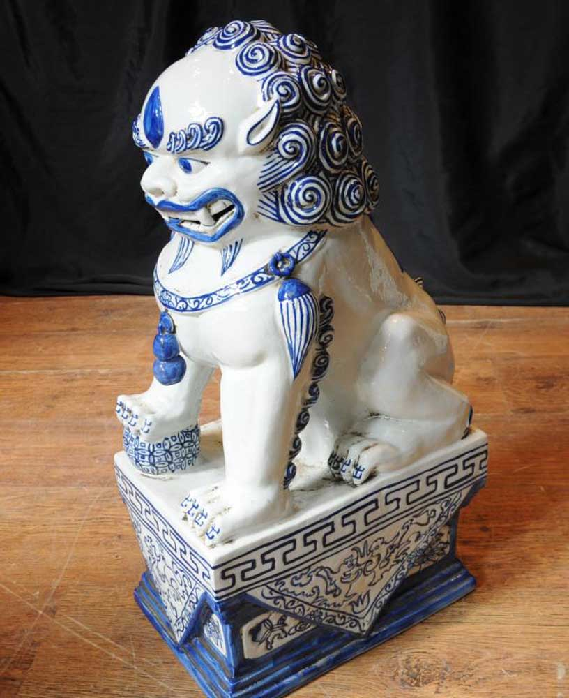 Pair Nanking Chinese Porcelain Foo Dogs Blue White Porcelain