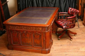 Mahonie Presidents Resolute Desk