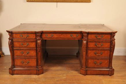 Walnut Victoriaanse Partners Desk