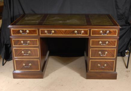 Regency Письменный стол