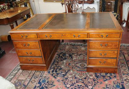 Viktorianischen Walnut echte Partner Antique Desk